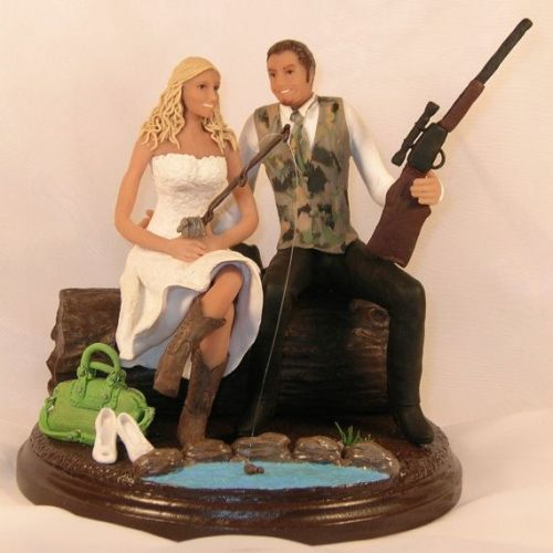 Photo Source: Pinterest: Camo Wedding Cake Topper